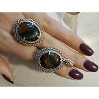 Кольцо и кулон с камнем соколиный глаз