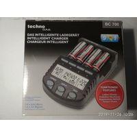 Зарядное устройство Technoline BC700, полный комплект, не работает 4й канал.