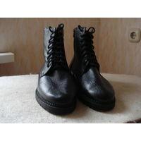 Ботинки кожаные зимние лётные, Россия. Размер 43,5.