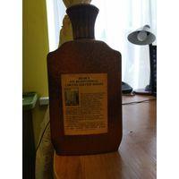 Бутылка от бурбона 1976 года