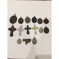 Медальоны и крестики!!!