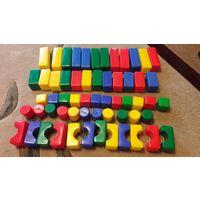 Набор пластмассовых кубиков