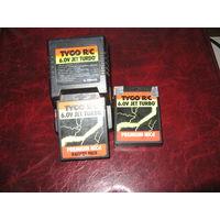 Зарядное устройство и 2 аккумулятора для радиоуправляемых моделей