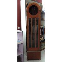 Корпус на старинные напольные часы. Высота 192 см.