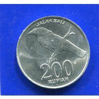 Индонезия 200 рупий 2003 UNC