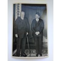 Открытка-вкладыш. А. Гитлер и Рейхспрезидент П. фон Гинденбург, III рейх, оригинал. ТОРГИ! С 1 РУБЛЯ!
