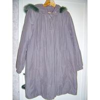 Пальто демисезонное серое с капюшоном,р.46-50 из 90х