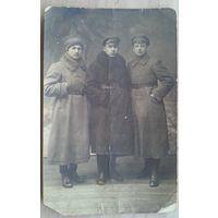 Фото группы военных. 1920-е