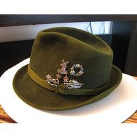 Шляпа турист охотник  значки