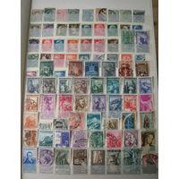Альбом с марками Италии. Более 600 марок вместе с альбомом