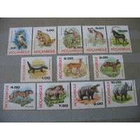 Мозамбик. Фауна,12 марок, полная серия. 1976г. к.ц.-10 евро. см. условие
