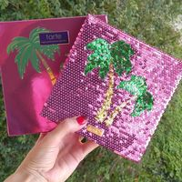Магнитная палетка Tarte palm trees&ocean breeze