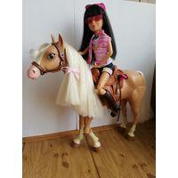 Лошадка/лошадь Liv шарнирная оригинал. Редкая