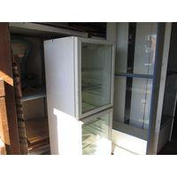 Холодильник витринный для напитков и др.(бар,ресторан)