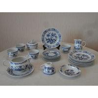 Сервиз чайный фарфор луковый рисунок 5 персон 21 предмет Kahla ГДР Германия.