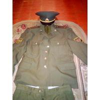 Китель,брюки,фуражка офицера ВС Р Б