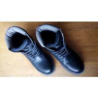 Ботинки мужские,42 размер,бывшие в употреблении,в хорошем состоянии.