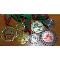 Большая коллекция медалей от девушки-футболистки. Могилёв! Недорого 2.5руб/шт. Всё что на фото!(#2)