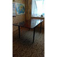 Стол раздвижной обеденный из массива