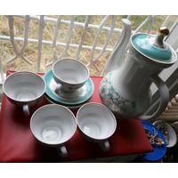 Кофейный набор, не комплект. Кофейник, 4 чашки, 3 блюдца.
