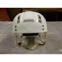 Шлем хоккейный  TREKRONOR- РЕТРО