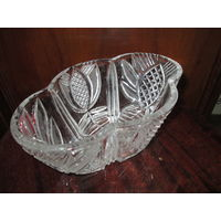 Ваза-лоток,конфетница хрустальная,размер 15х24 см