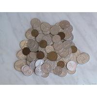Куча монет Литвы 1991г