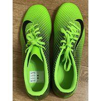 Кроссовки Nike футзальные бутсы