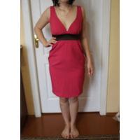 Красивое платье с декольте 42-44 размер