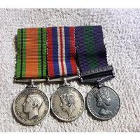 3 Медали орден серебро  Англия Летчика Фрачник
