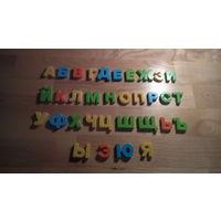 Буквы на магнитах