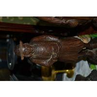 Деревянные антикварные фигуры