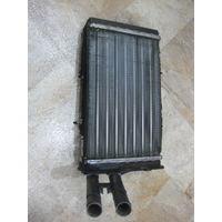 103823 VW Passat B5 радиатор отопителя 8D1819031A