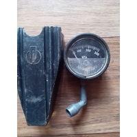 Манометр давления в шинах