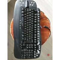 Мультимедийная клавиатура б/у.