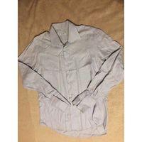 Брендовая рубашка Pal Zileri на 52-54 размер примерно (указан р 46\16), ориентируйтесь на замеры: длина 85 см, длина рукава 72 см, ПОгруди 57 см. 100% хлопок. В целом рубашка отличная, есть небольшой