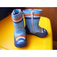 Зимние сапоги-ботинки Shagovita, б/у, размер 21, в очень хорошем состоянии, очень тёплые, находятся на ул. Левкова.