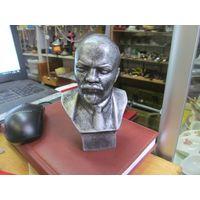 В.И. Ленин, полистоун, 13,5 см.