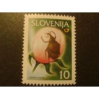 Словения 2000г. цветоед