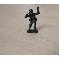Солдатик с биноклем. Возможен обмен