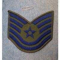 Нарукавная нашивка сержанта - техника ВВС США.