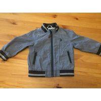 Куртка Next на 1-2года (92 см). Длина 36 см, длина рукава 32 см, ПОгруди 33 см. Низ и рукава на резинки. Хорошее состояние.
