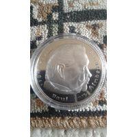 Монета портрет