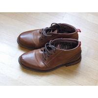 Стильные ботинки из натуральной кожи утепленные (41 р-р).