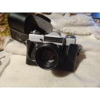 Фотоаппарат Зенит Е с объективом Гелиос 44-2
