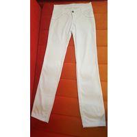 Белые брюки DLF.СРОЧНО.ПЕРЕЕЗД
