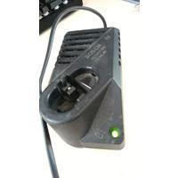 Зарядное устройство для батарей к шуруповёрту Bosch