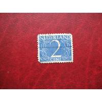 Марка Нидерланды 2 цента 1946 - 1947 года
