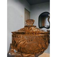 Бомбоньерка ваза конфетница шкатулка