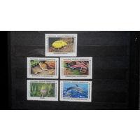 Непочтовые марки, фауна, флора, цветы, дельфины, грызуны, насекомые